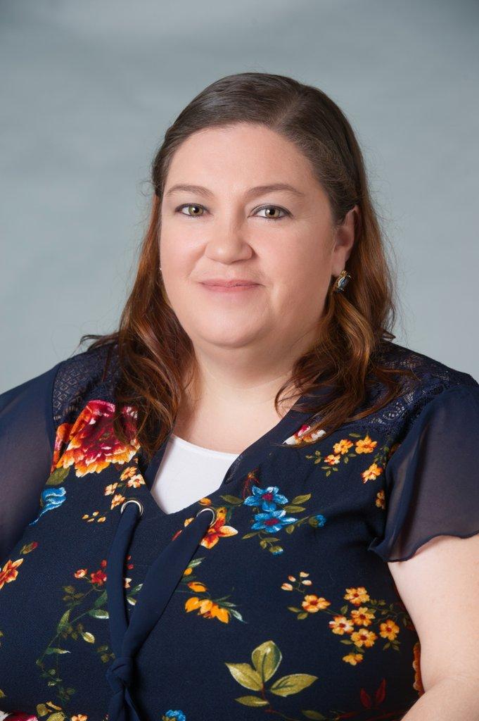 portrait of Ruth Torres-Viera