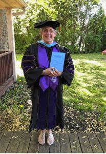 photo of Dr Deb Bacon